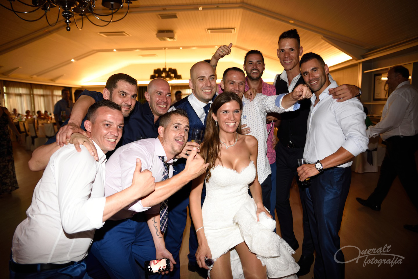 Boda Can Font39